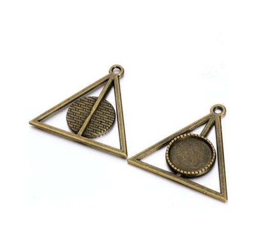 lůžko pyramida